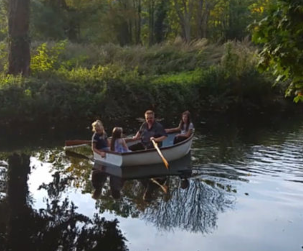 BNP fundraising BBQ: Rowing down the river